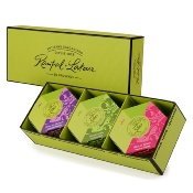 "The ""plaisir"" gift box"