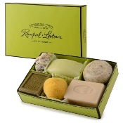 The ''Les amis'' gift box