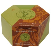 Perfumed gentle soap, with sweet almond oil